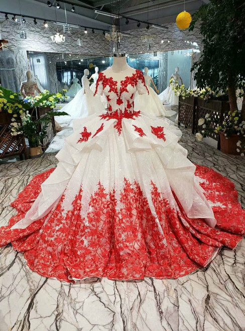 Champagne Ball Gown Tulle Red Lace Appliques Short Sleeve Wedding Dress