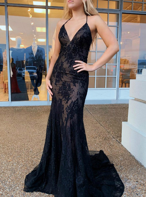 Black Mermaid Lace Spaghetti Straps Cross Straps Back Prom Dress
