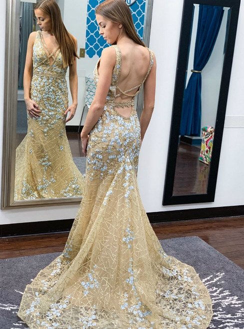 Champagne Mermaid Tulle Sequins V-neck Backless Prom Dress