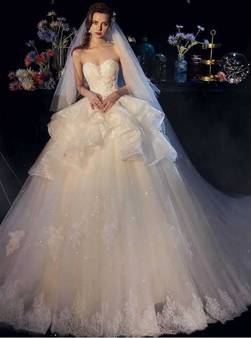 Light Champagne Lace Tulle Sweetheart Appliqeus Wedding Dress