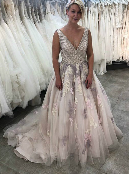 Champagne Tulle Lace Appliques V-neck Backless Beading Prom Dress