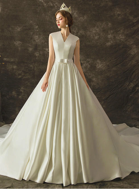 White Ball Gown Satin V-neck Sleeveless Wedding Dress With Train