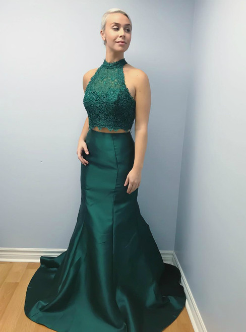 Green Mermaid Satin Lace Halter Backless Prom Dress