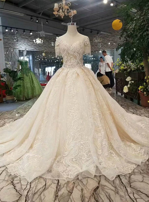Champagne Tulle Sequins Cap Sleeve Lace Appliques Luxury Wedding Dress With Long Train