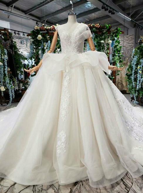 Light Champagne Tulle Appliques V-neck Backless Luxury Wedding Dress