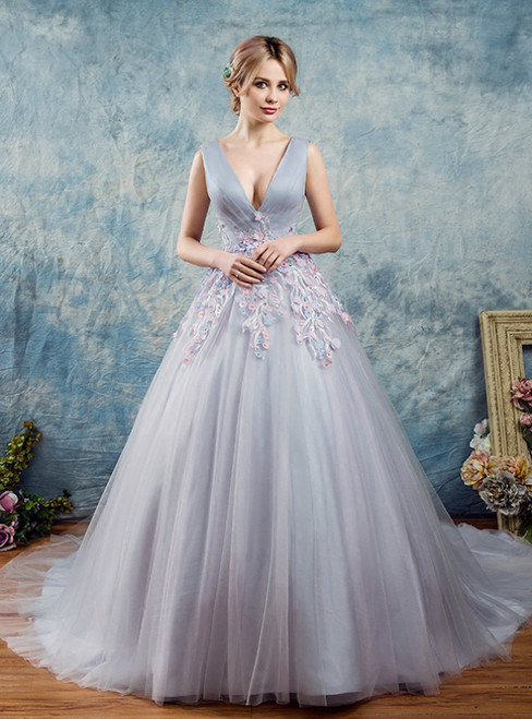 In Stock:Ship in 48 Hours Gray Tulle V-neck Appliques Quinceanera Dress