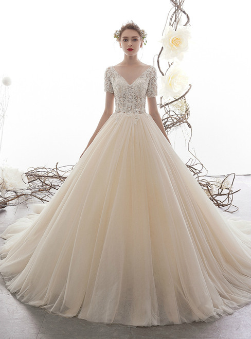 Champagne Tulle Short Sleeve V-neck Appliques Wedding Dress With Beading