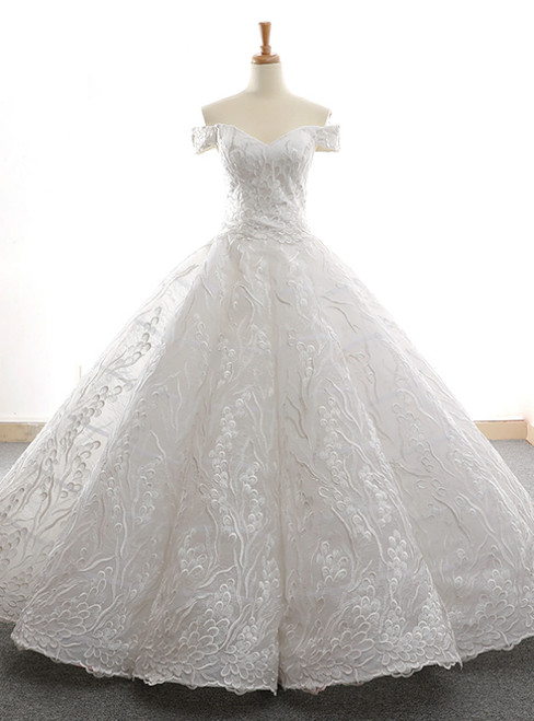 White Ball Gown Tulle Lace Appliques Off the Shoulder Prom Dress