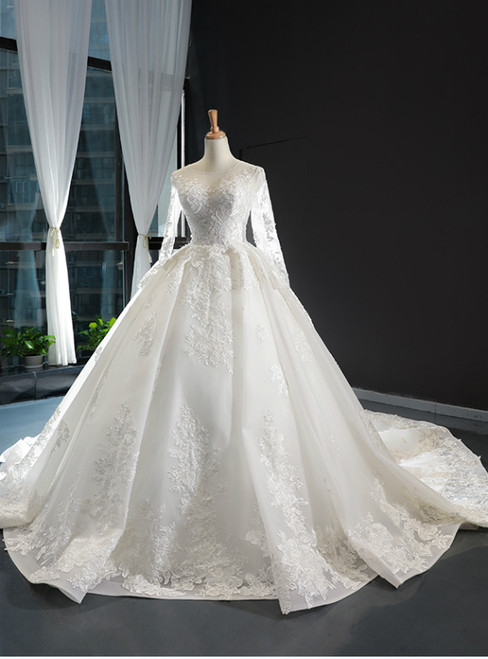 White Ball Gown Tulle Appliques Long Sleeve Wedding Dress With Train