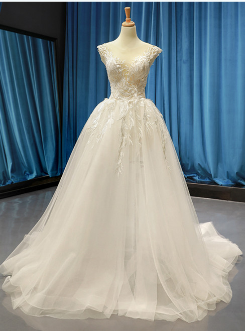 White Ball Gown Tulle Appliques Bateau Backless Wedding Dress