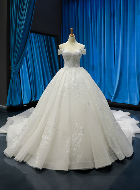 White Ball Gown Tulle Appliques Off the Shoulder Wedding Dress With Sequins