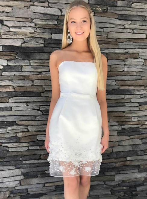 White Sheath Strapless Appliques Beading Short Homecoming Dress