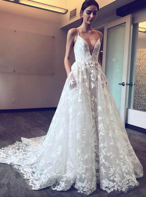 A-Line Spaghetti Straps Tulle Appliques Wedding Dress With Pocket