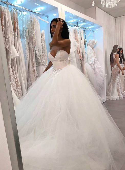 White Ball Gown Satin Tulle Sweetheart Appliques Wedding Dress