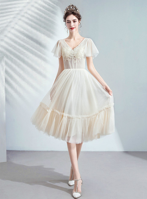 In Stock:Ship in 48 Hours Champagne V-neck Tulle Appliques Homecoming Dress