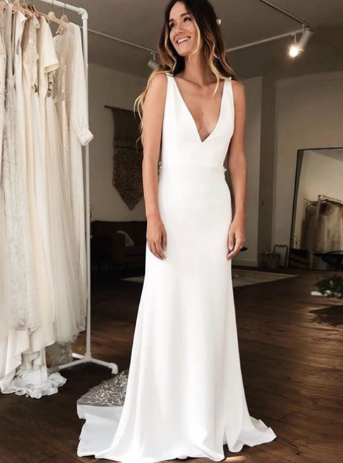 Simple White Satin V-neck Backless Appliques Wedding Dress