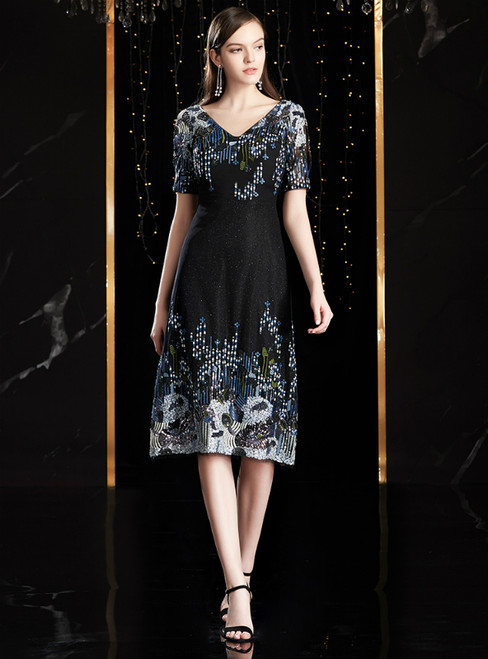 A-Line Black V-neck Short Sleeve Embroidery Mother Of The Bride Dress
