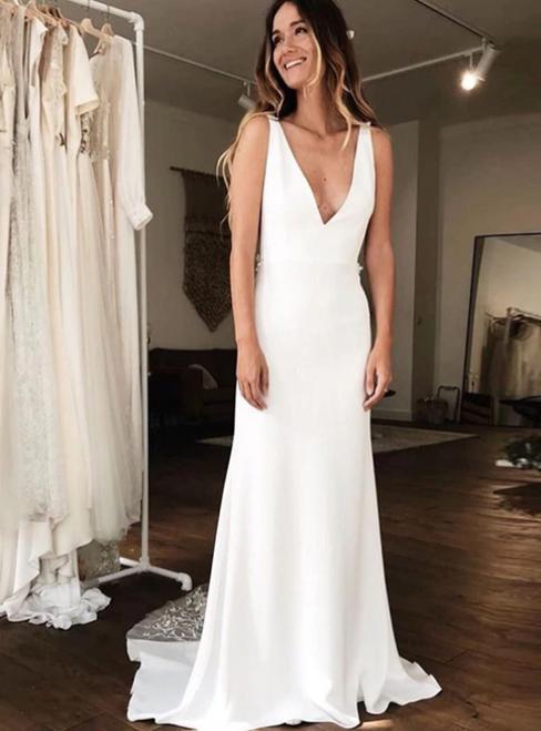 Sexy Sheath White Satin V-neck Backless Appliques Wedding Dress
