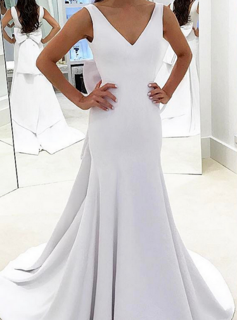 Sexy White Mermaid Satin V-neck Backless Wedding Dress With Bow