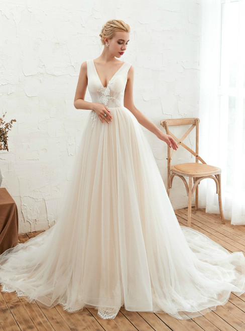 A-Line Champagne Tulle V-neck Backless Appliques Wedding Dress
