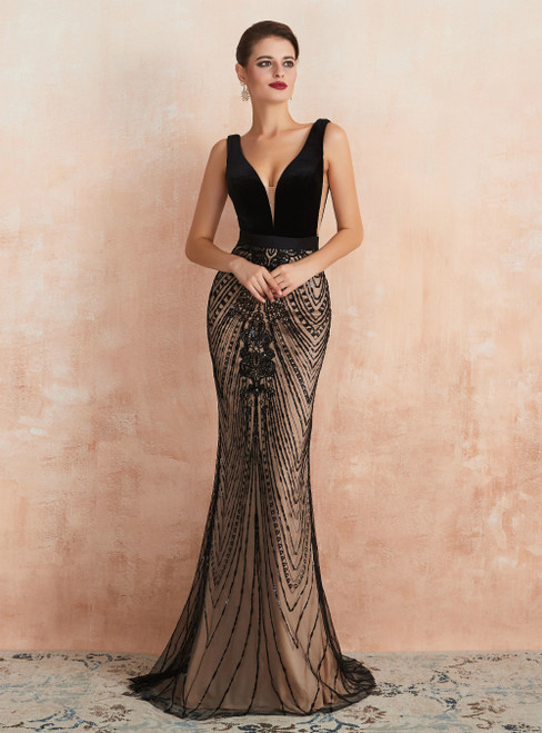 Black Mermaid V-neck Backless Sequins Long Prom Dress