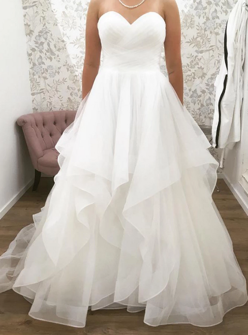 A-Line White Tulle Sweetheart Pleats Sleeveless Wedding Dress