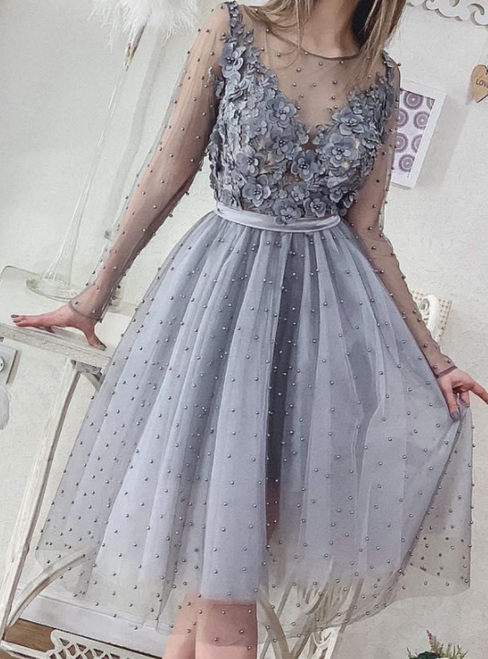 A-Line SIlver Gray Long Sleeve Appliques Pearls Short Prom Dress