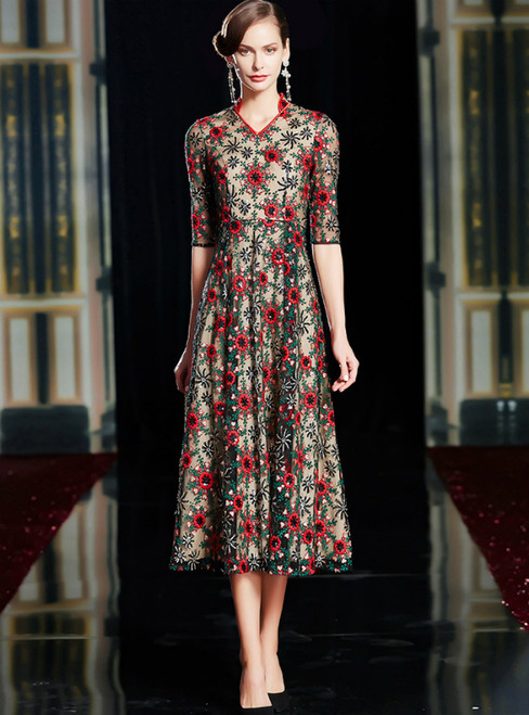 A-Line Colorful Embroidery V-neck Half Sleeve Mother Of The Bride Dress