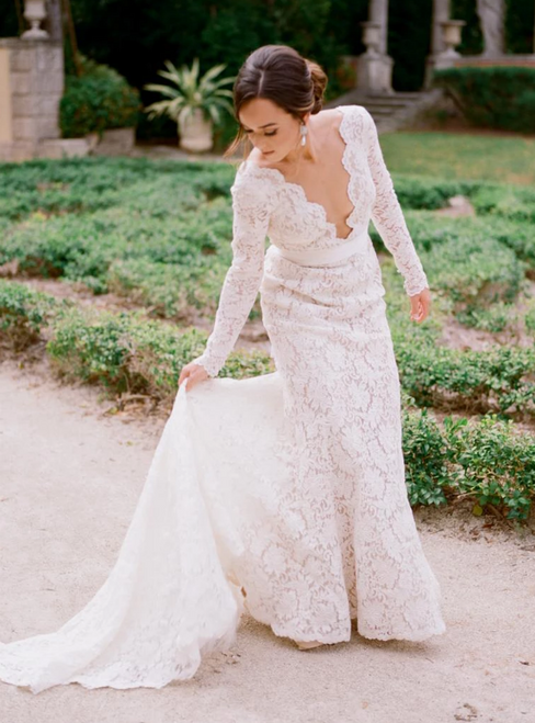 Ivory Mermaid Lace See Through V-neck Backless Long Sleeve Wedding Dress