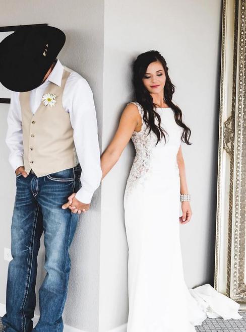 Sexy White Mermaid Satin Beading Backless Long Prom Dress