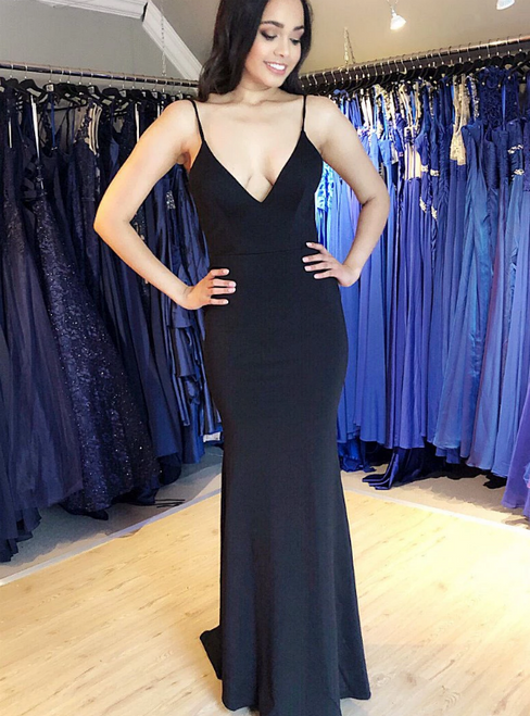 Black Mermaid Satin Spagehtti Straps Backless Prom Dress