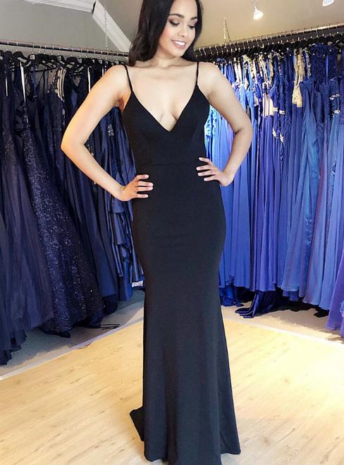 Black Mermaid Satin Spagehtti Straps Backless Prom Dress