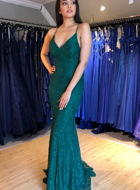 Green Mermaid Lace Deep V-neck Backless Prom Dress