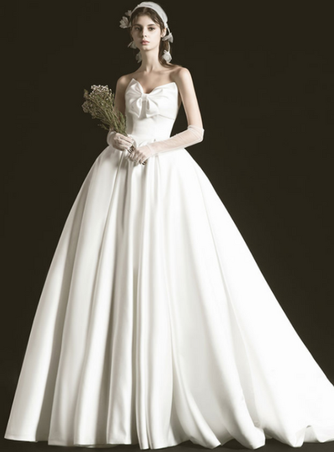 Ivory White Satin Sweetheart Wedding Dress With Bow