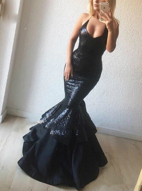 Sexy Black Mermaid Sequins V-neck Long Prom Dress