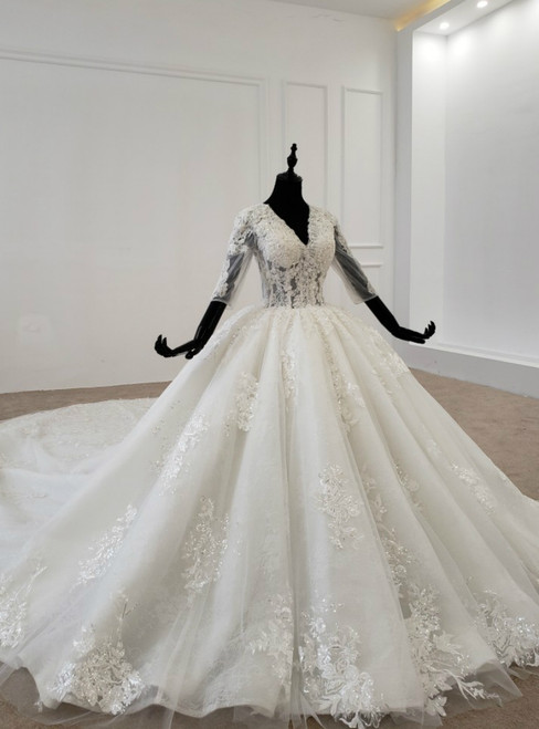 White Ball Gown Tulle Lace Appliques V-neck Half Sleeve Wedding Dress