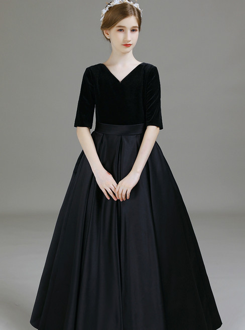 A-Line Black Satin Velvet V-neck Short Sleeve Long Flower Girl Dress 2020