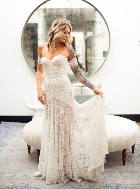 White Mermaid Lace Sweetheart Short Sleeve Wedding Dress 2020