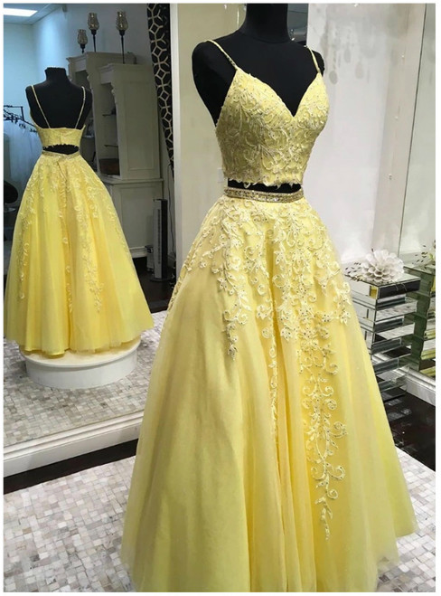 A-Line Yellow Two Piece Tulle Spaghetti Straps Prom Dress 2020
