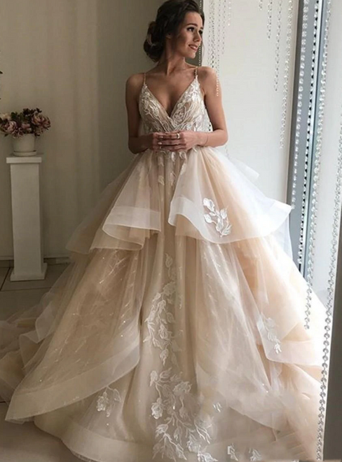 Champagne Tulle Spaghetti Straps Backless Appliques Wedding Dress 2020