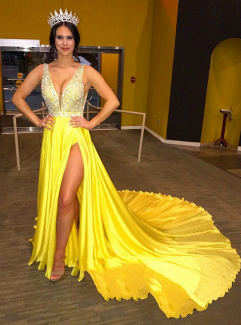 A-Line Yellow Chiffon Deep V-neck Backless Beading Prom Dress