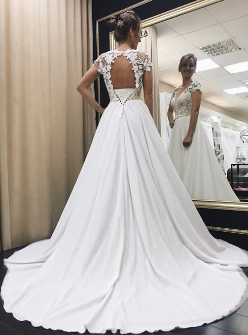 Wonderful Lace Corset Satin Wedding Dresses with Cap Sleeves 2017