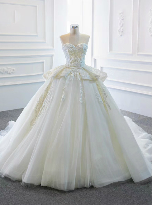 Best Discount And High Quality Ivory White Ball Gown Tulle Appliques Sweetheart Wedding Dress