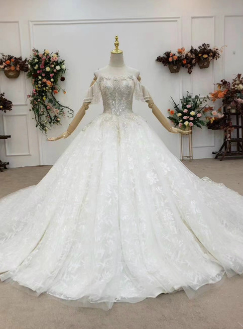 Wear a Classic Ivory White Ball Gown Tulle Lace Off the Shoulder Beading Wedding Dress