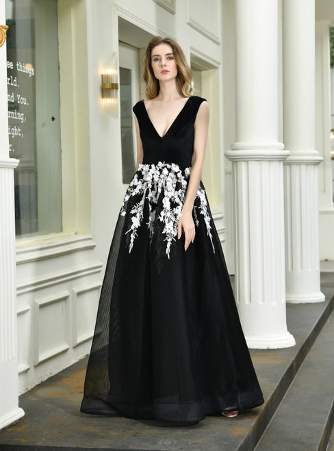 Shop For The Perfect A-Line Black Tulle White Appliques Sleeveless Prom Dress