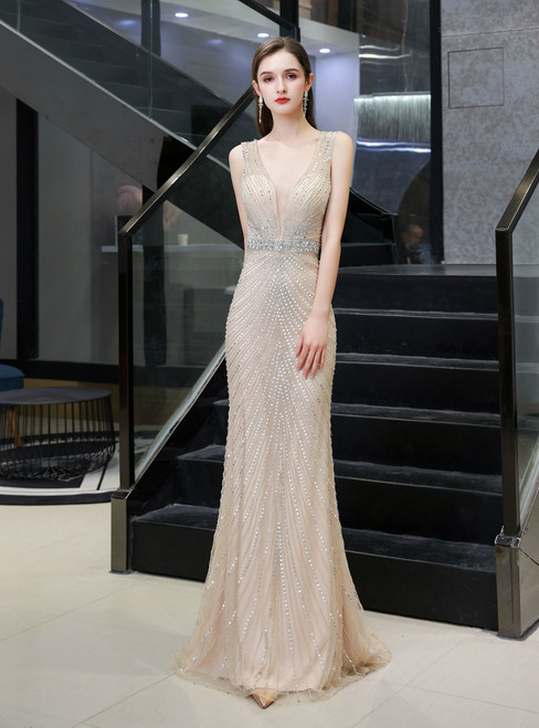Get An On-Trend Champagne Mermaid Handwork Beading V-neck Tulle Luxury Prom Dress