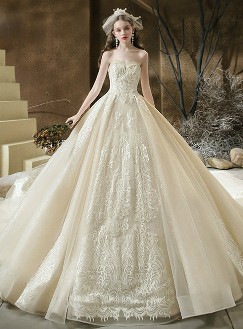 We Offer a Variety Of Tulle Sequins Sweetheart Lace Appliques Beading Champagne Wedding Dress