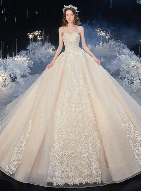 Looking For Gorgeous Chamapgne Tulle Lace Appliques Sweetheart Sleeveless Wedding Dress