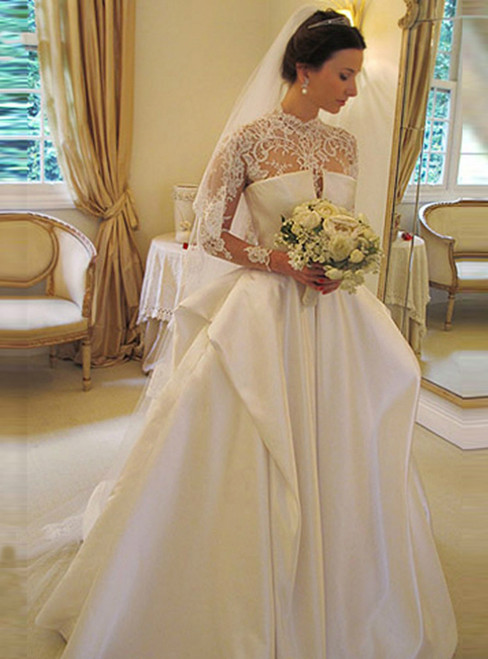 You'll Always Remember Wearing White High Neck Long Sleeves Lace Backless Appliques Wedding Dresses