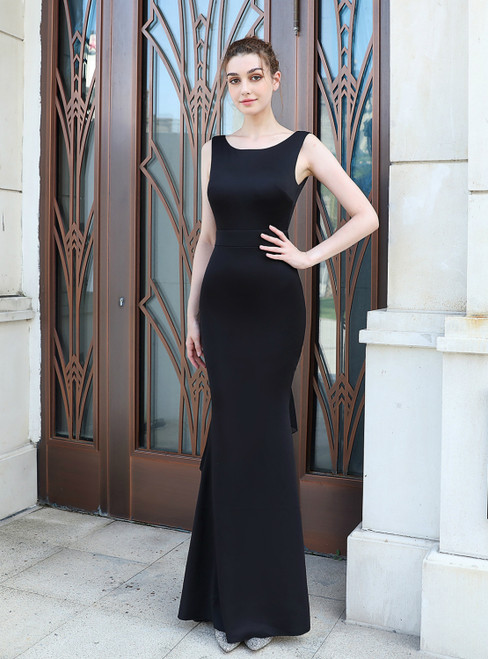 Instead, Opt For a Stylish In Stock:Ship in 48 Hours Simple Black Mermaid Backless Prom Dress
